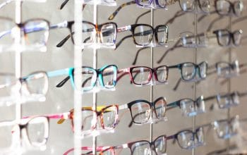 Why You Should Ditch Your Eyeglasses and Wear Contact Lenses Instead