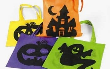 Set of 12 Halloween Tote Bags Only $11.98! (reg $22.95)